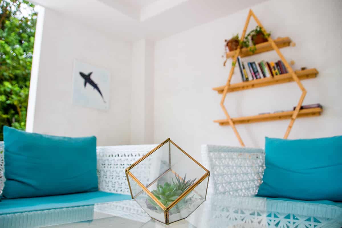 Área comum no White Sand Dhigurah Guest House