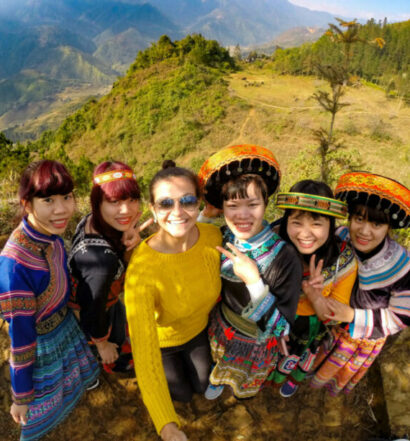 Sapa - Mountain and Vietnamese girls